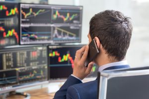 stock broker trading online while-accepting orders by phone